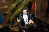 Dracula and Renfield Diorama - Pic #2